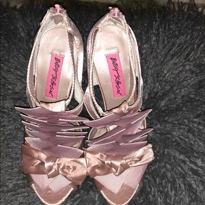 Betsey Johnson pink heels, never worn!